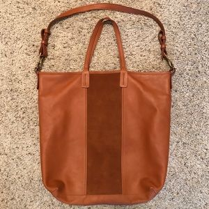 Madewell et Sezane leather tote bag